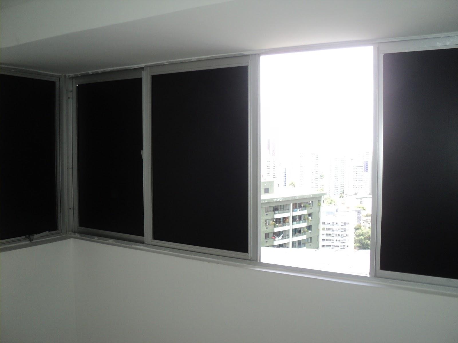 #514F59  : Adesivo preto fosco em janelas em Recife e Região Metropolitana 204 Janelas De Vidro No Quarto