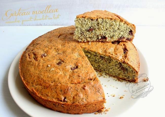 gâteau moelleux amande, chocolat au lait, graines de pavot