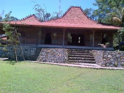 Paket Murah Tahun Baru 2016 di Sentul Bogor, Villa Roso Mulyo