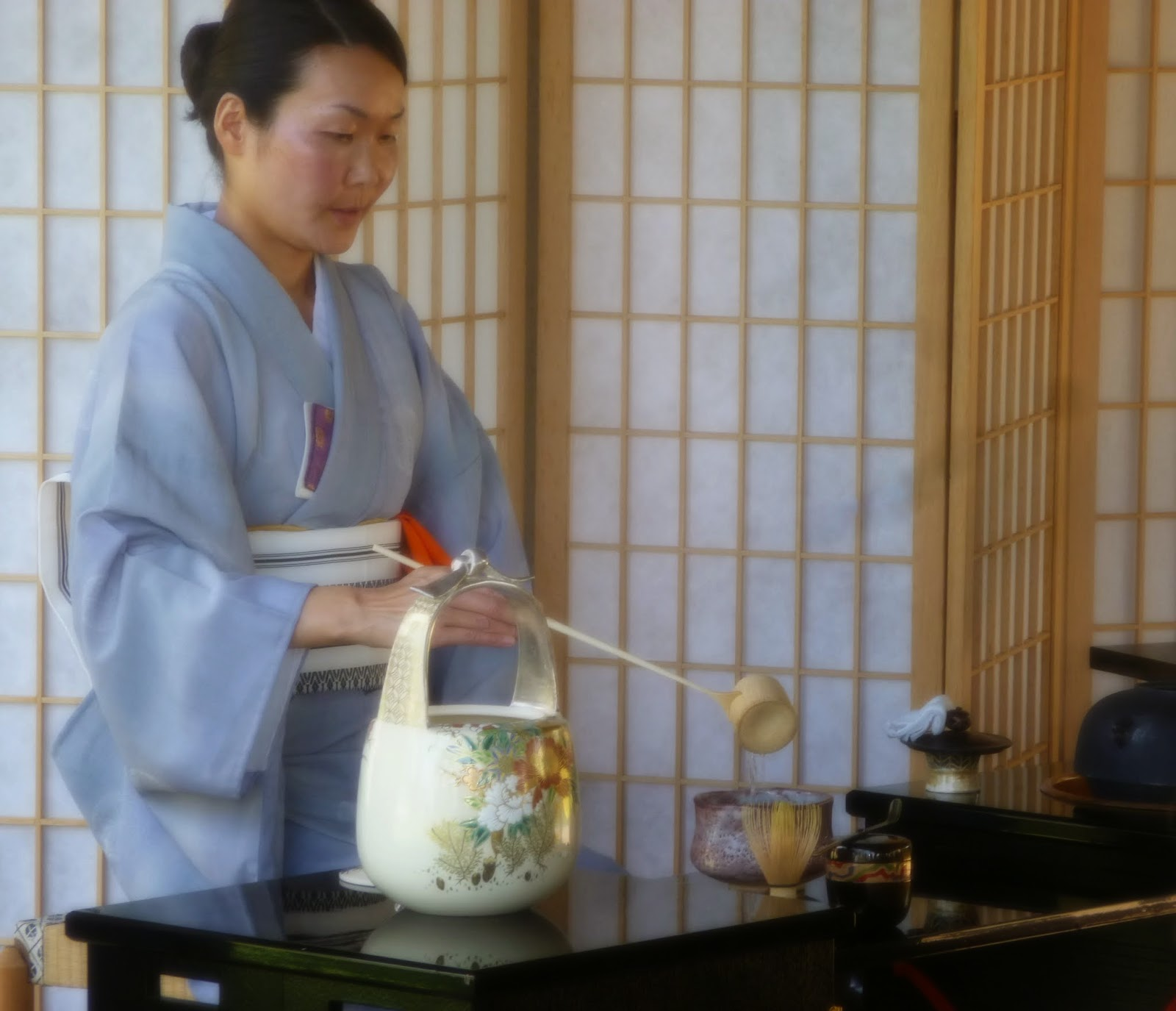 the study of zen in the japanese tea ceremony The japanese tea ceremony originated with what religious sect a pure land buddhism b christianity c zen buddhism d nicheren buddhism e shinto.