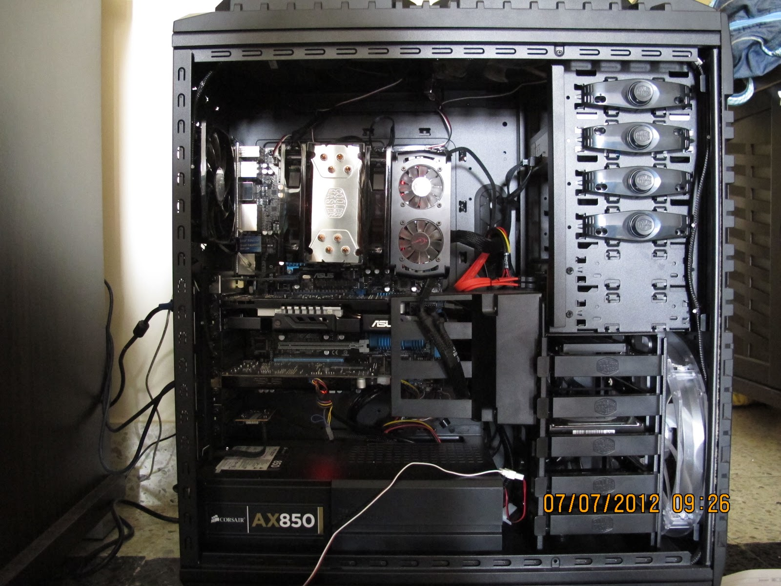 all things pc cable management for my pc. Black Bedroom Furniture Sets. Home Design Ideas