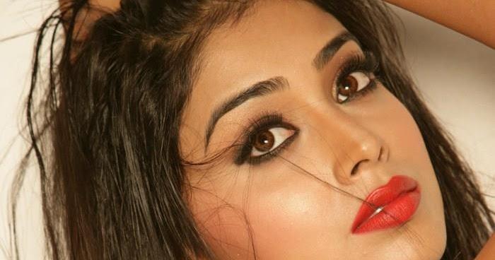 Karthika Nair Hot Navel In Saree Shriya Saran Hot...
