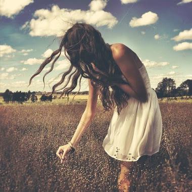 Esa soledad infinita que se apodera de mi cuando no estás a mi lado.