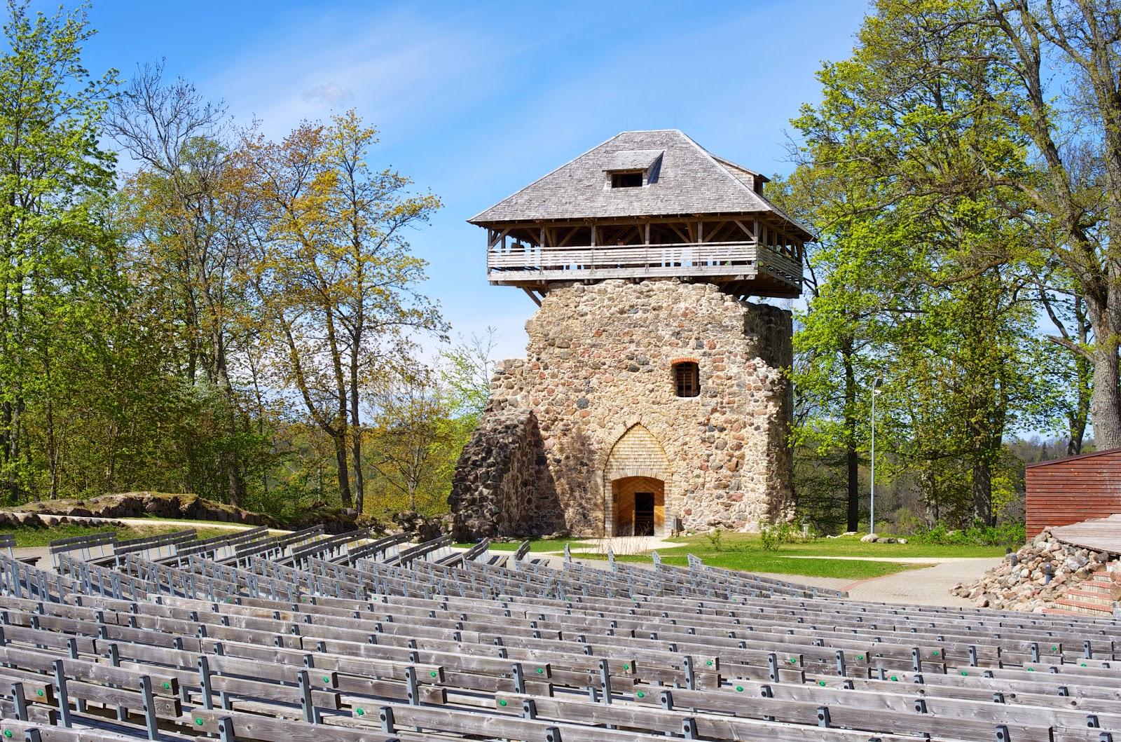 Сигулдский замок Ливонского Ордена. Замок Зегевольд. Латвия