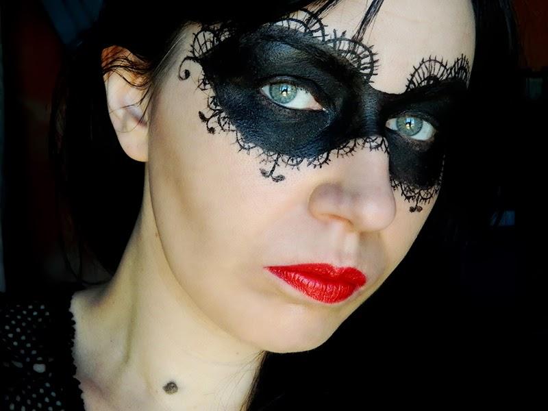 Au bal masqu jenni dans tous ses tats - Maquillage loup facile ...