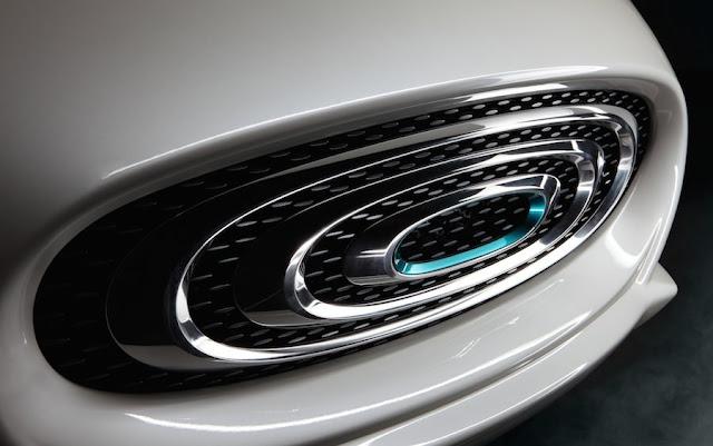 ザガートがデザイン、台湾メーカーが開発した電気自動車「サンダーパワー・セダン」の見た目が独特過ぎる!