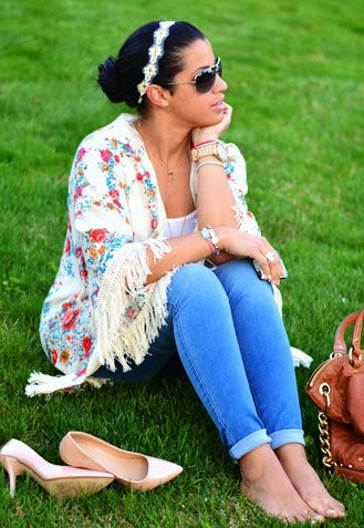 Wearing a Floral Kimono with Light Blue Jeans and Nude Heels