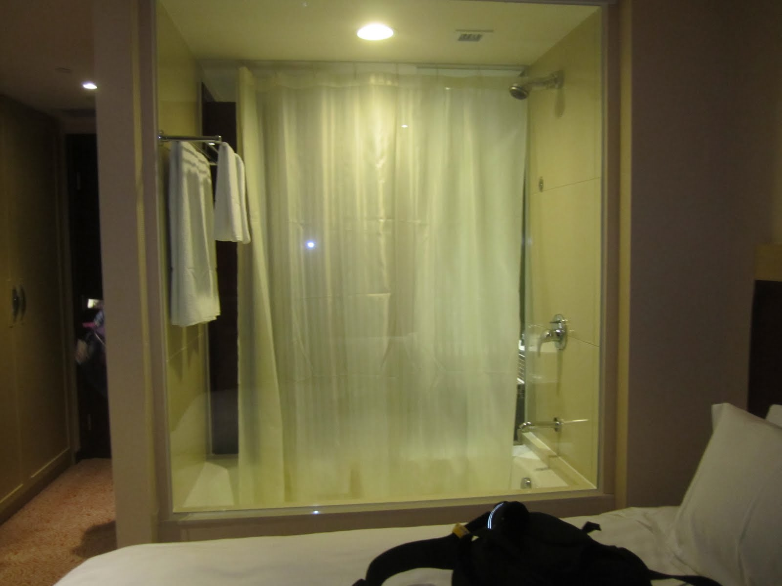 Life 39 s simple pleasures day 1 macau hk for Non see through glass for bathrooms