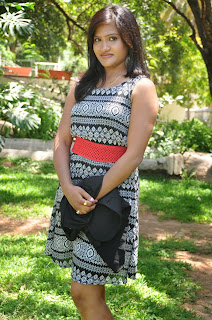 Actress Manaswini Picture Gallery at Devudu Deyyam Manishi Telugu Movie Launch  0026