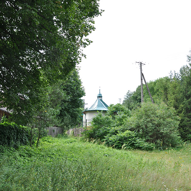 Wąsosz Stara Wieś, kaplica od północnej - od strony rzeki.