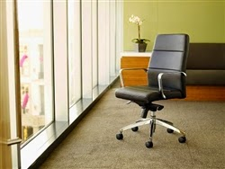 Status Chair