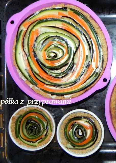 Zakrecona tarta warzywna na orkiszowym spodzie