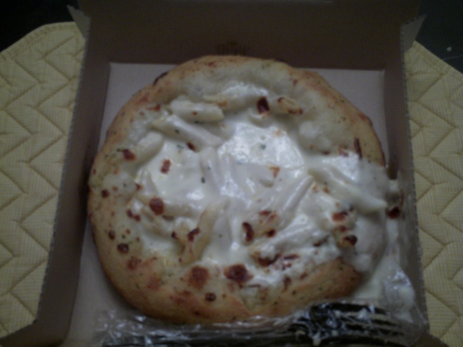 Without The Meat: Domino\'s Bread Bowl: Chicken Alfredo Pasta