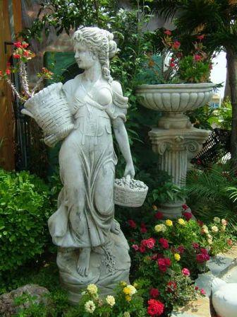 Proyecto mares el jard n de las estatuas for El jardin magico