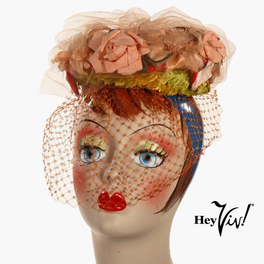 Hey Viv ! 1950's Floral Pillbox Hat
