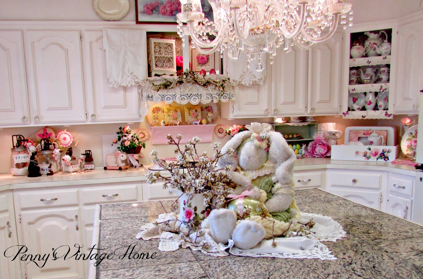 Penny\'s Vintage Home: Decorating for Easter in the Kitchen