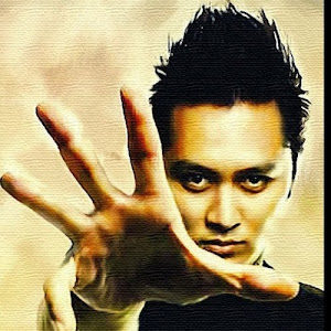 DEMIAN , best magician of illusionist IN INDONESIA