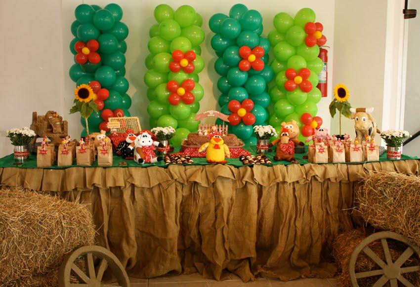 Aniversário de 3 anos na fazendinha - Constance Zahn