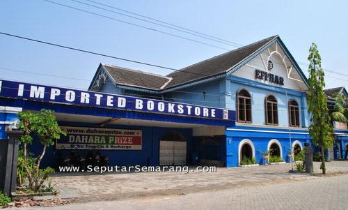 Dahara Prize Semarang Imported Bookstore