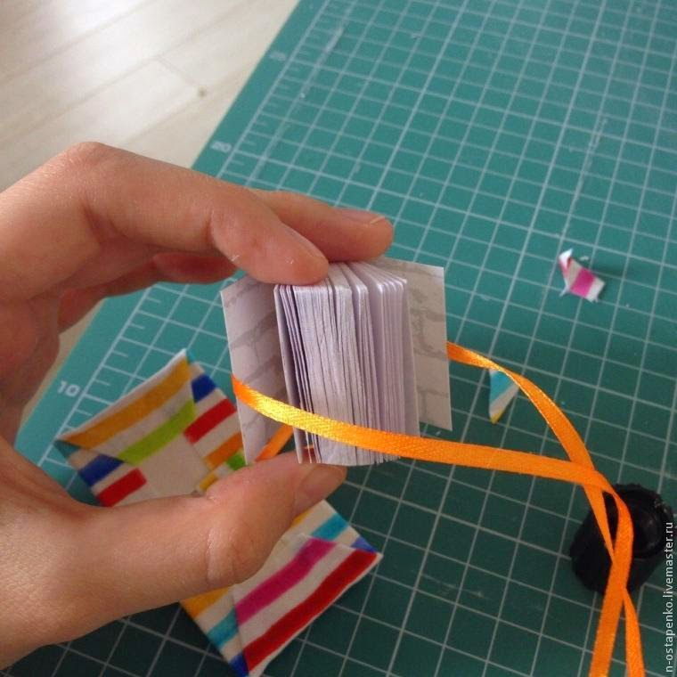 DIY Little Notebook Keychain