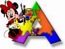 Alfabeto de Minnie Mouse pintando A.