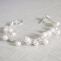 Pearls Bracelet by MagsBeadsCreation