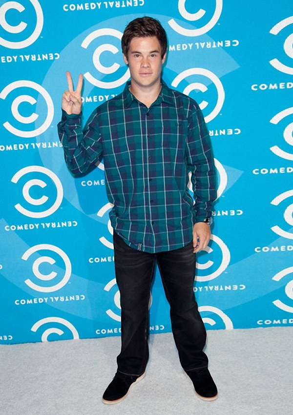 celebrity heights how tall are celebrities heights of celebrities how tall is adam devine. Black Bedroom Furniture Sets. Home Design Ideas