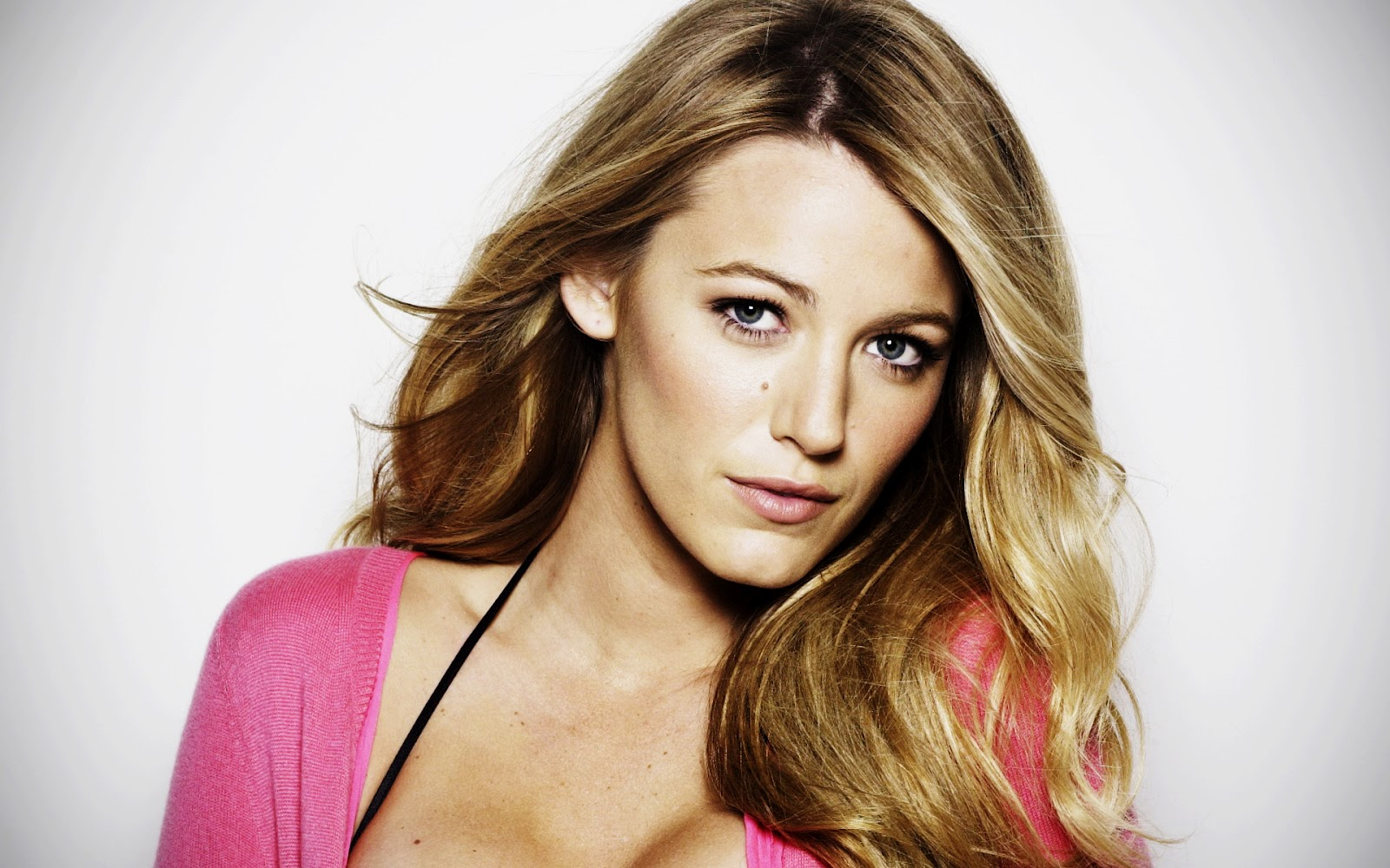 Below you can choose your favorite Blake Lively Wallpapers to refresh ... блейк лайвли