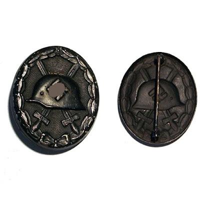 Version en acero de la insignia de herido de la segunda guerra mundial.