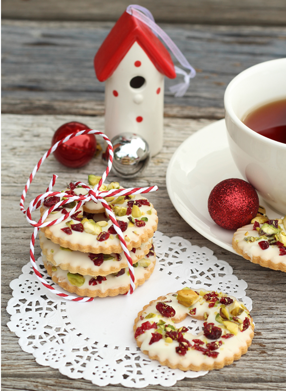 ... hearts sugar: White Chocolate, Pistachio and Cranberry Cookie Wreaths