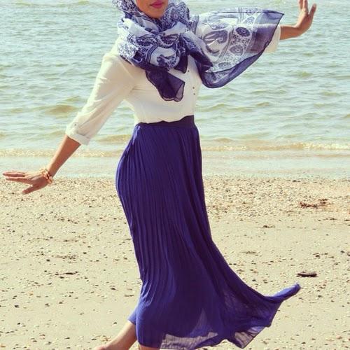 Hijabi large.jpg