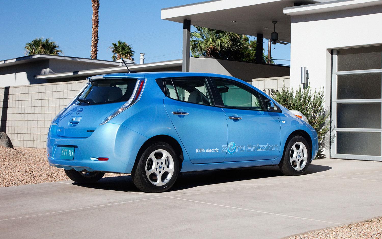 Nissan Fires Back At Fiat Over Criticism Of The Leaf Ev S
