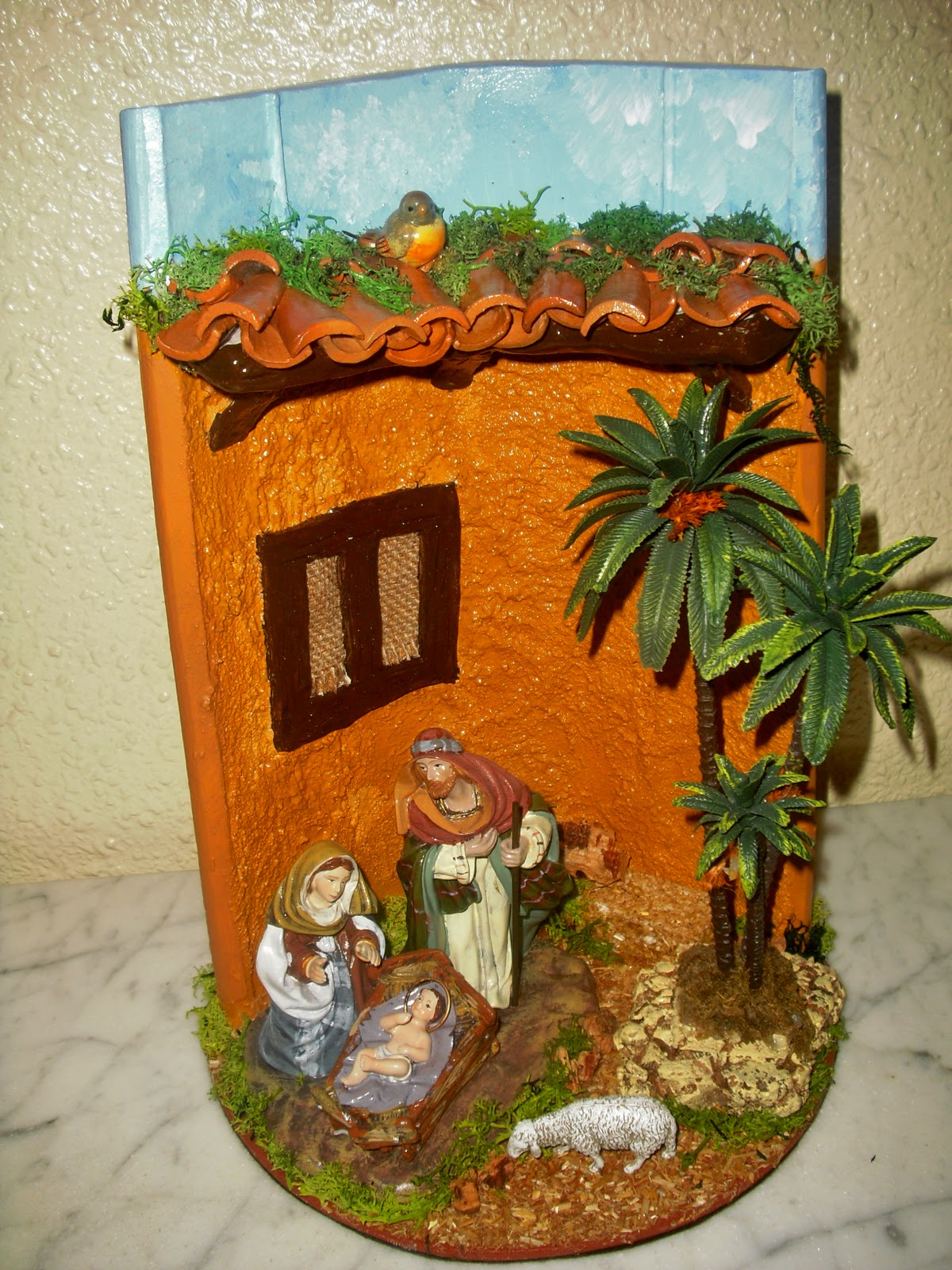 Mis hobbies y caprichos tejas decoradas a mano for Puertas de tejas decoradas