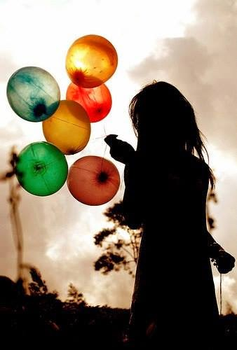 girl fb dp with baloon