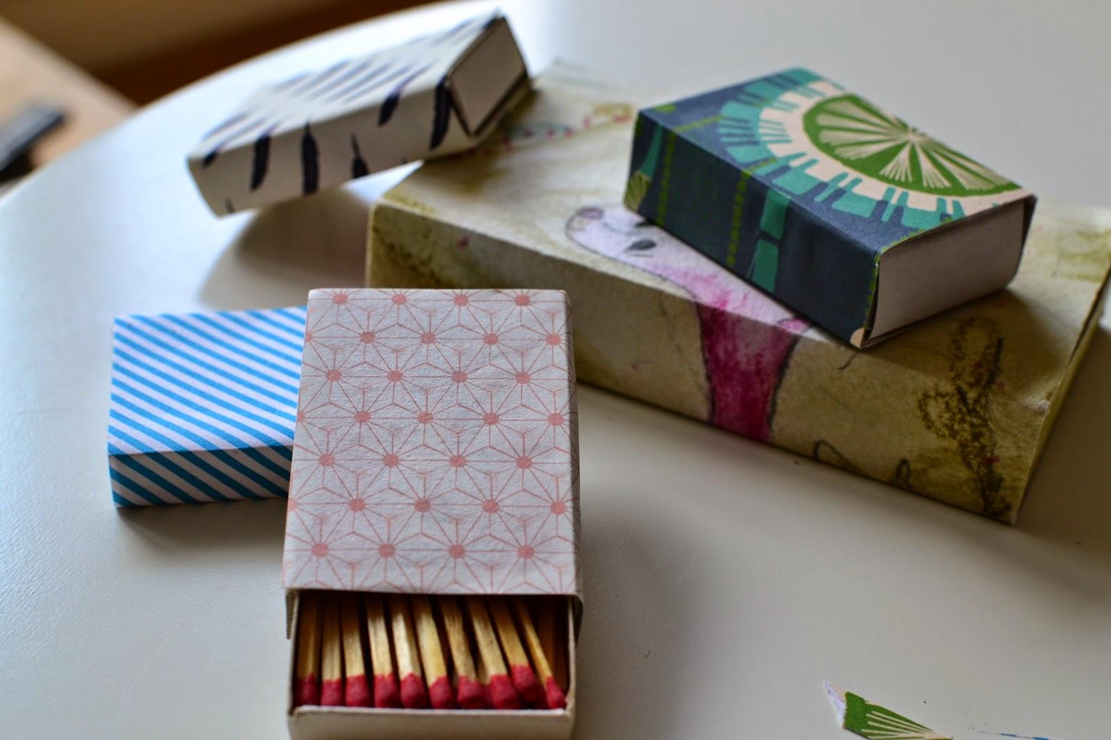 jurinde macht was kleine diy geschenke streichholzschachteln bekleben. Black Bedroom Furniture Sets. Home Design Ideas