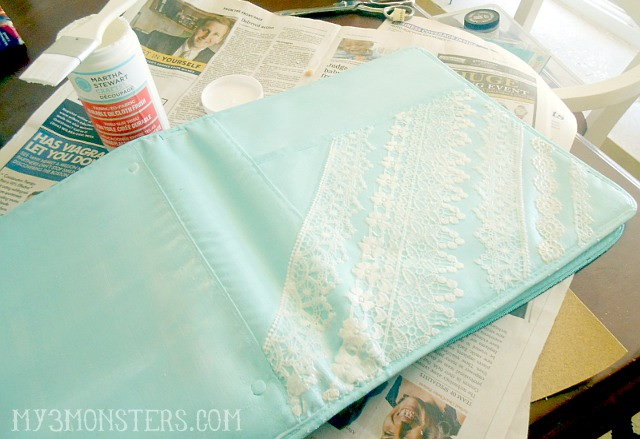 Oilcloth and Lace Binder Makeover at my3monsters.com