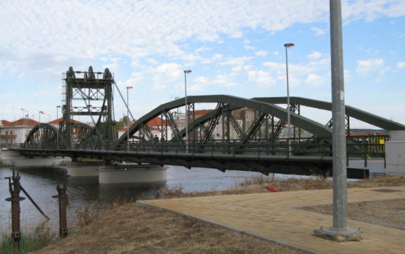 Bridge over the Sado River