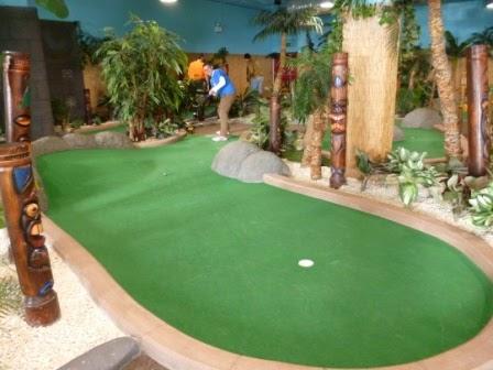 Minigolfer Richard Gottfried at Adventure Island Mini Golf in Birmingham's Star City leisure and entertainment complex