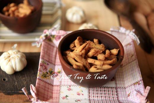 resep kue bawang renyah dan mudah dibuat