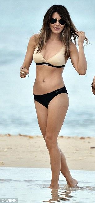 Hot pic: Gary Lineker Wife Danielle Lineker Shows Off ...