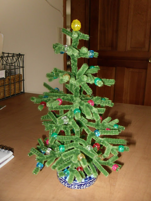 The Freckled Redhead - Pipe Cleaner Tree