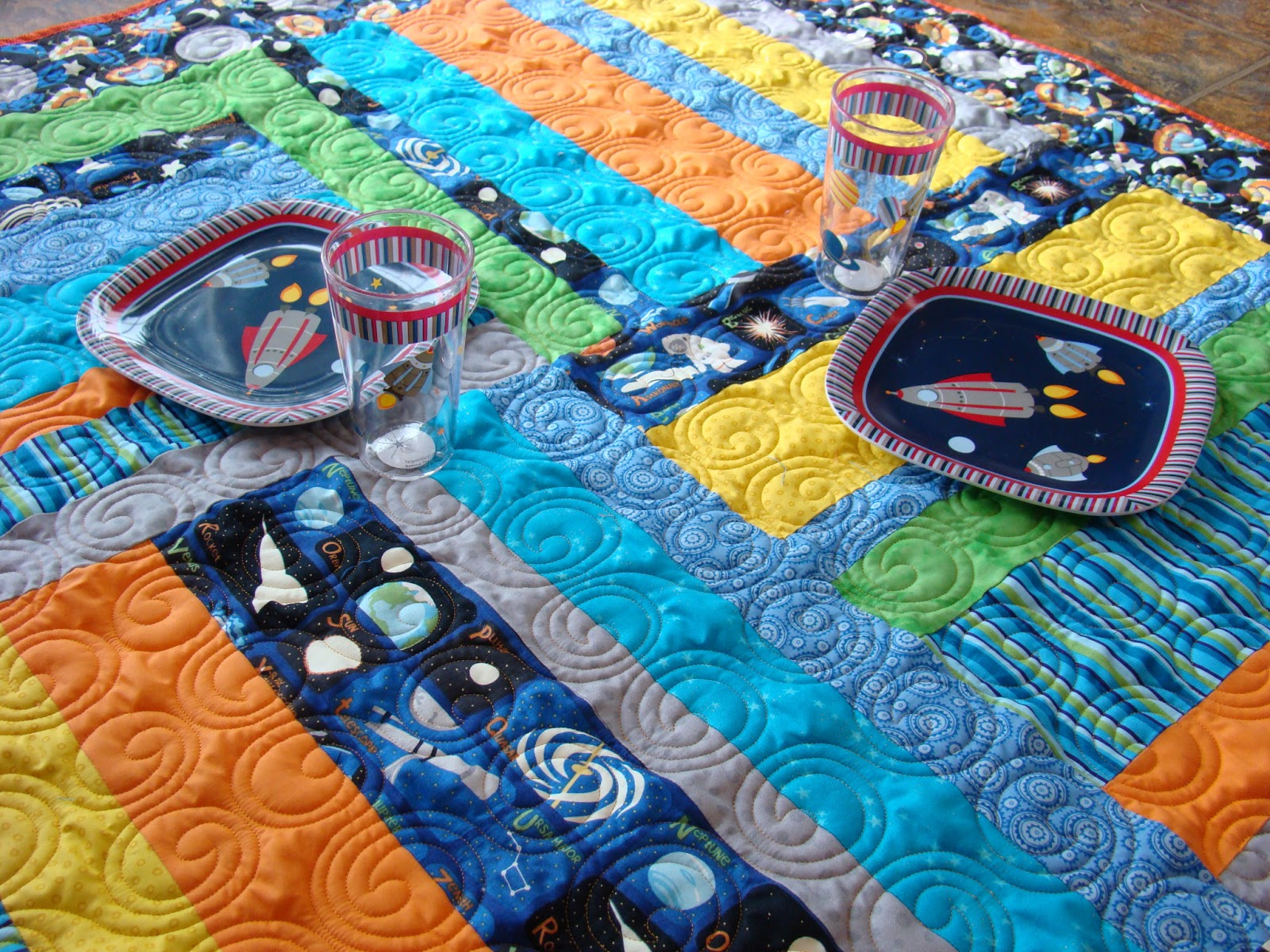 Mandie and me designs jenny 39 s picnic quilt for Outer space quilt
