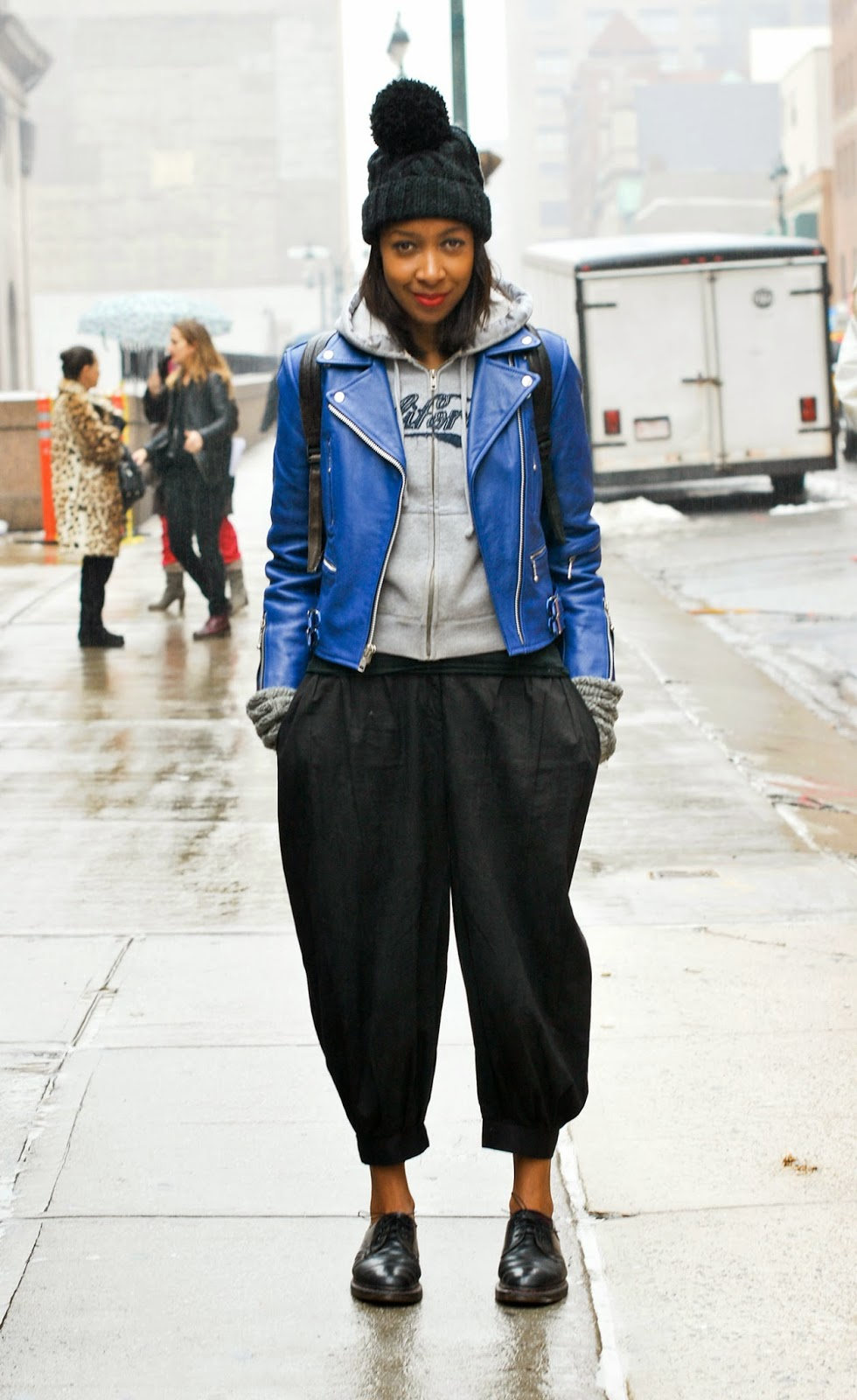 TRENDS; TOMBOY SHOES,-