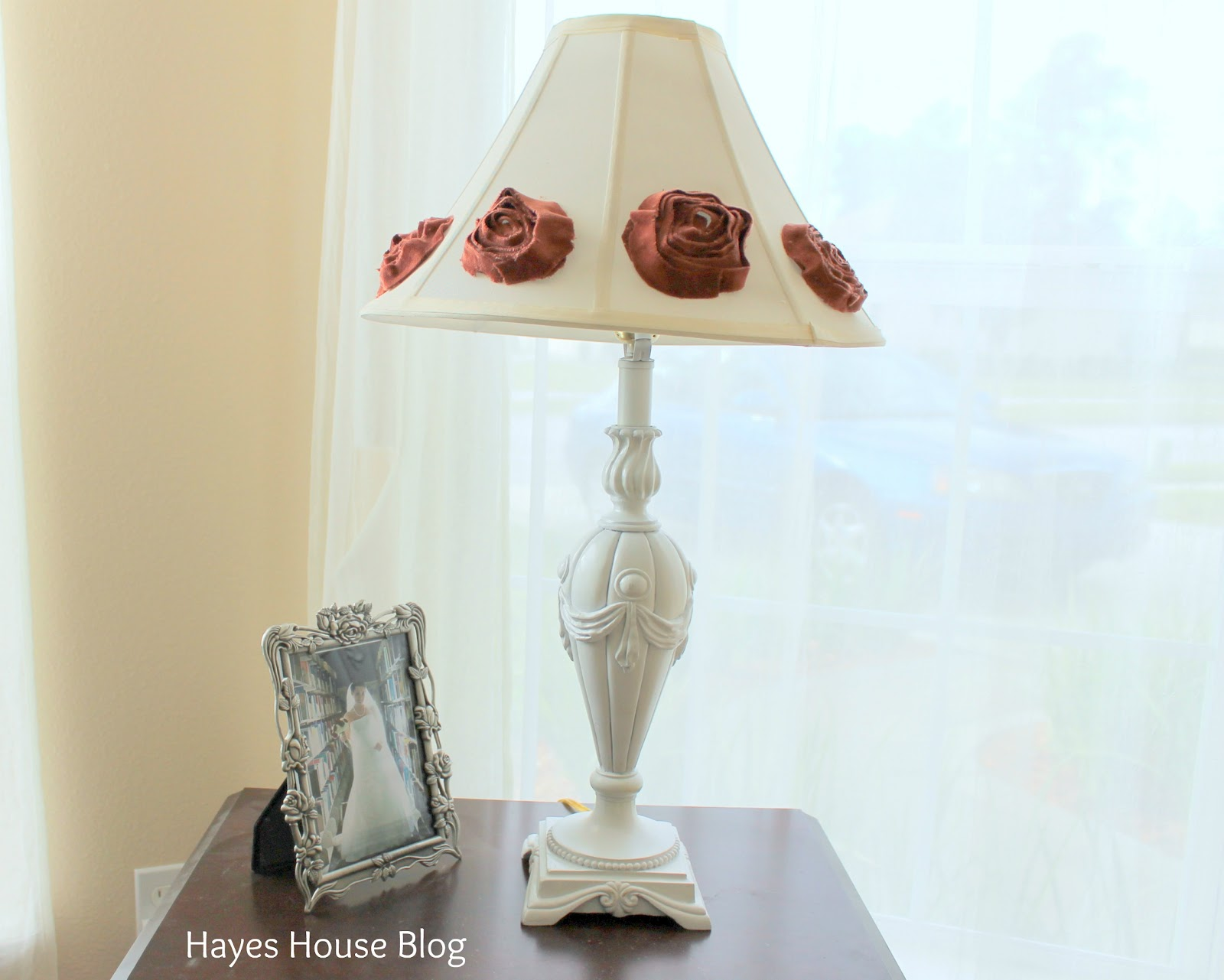 hayes house shabby chic lamp. Black Bedroom Furniture Sets. Home Design Ideas