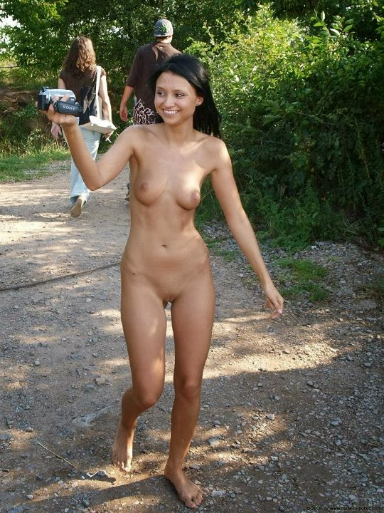 wiki categorynude adolescent girls
