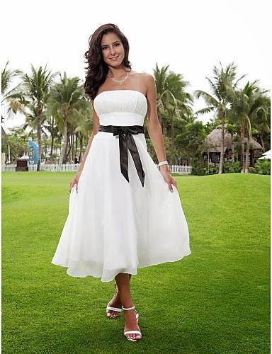Elegantes vestidos de novias | Colección para boda en el civil