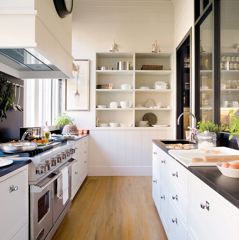 What a gorgeous black and cream kitchen design It's simple, clean