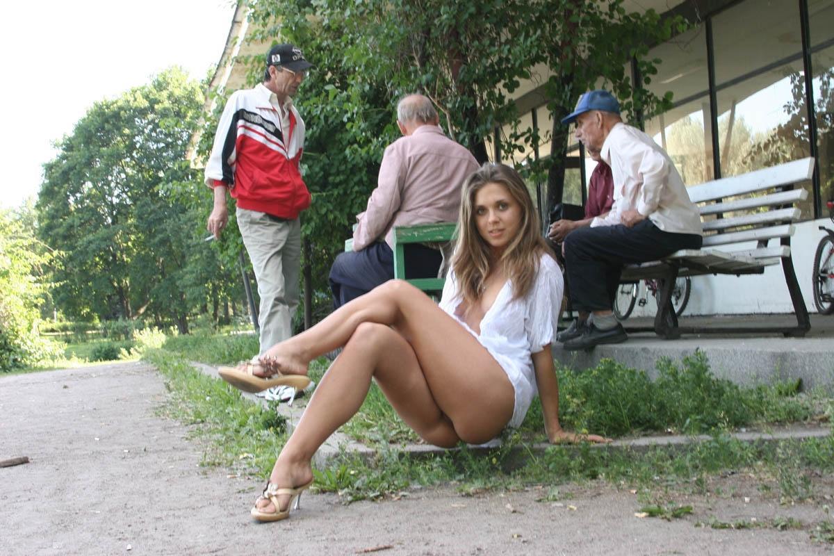 Порно девушка без комплексов видео — photo 8