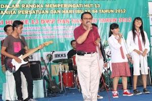 Menjadi Vokalis Group Band