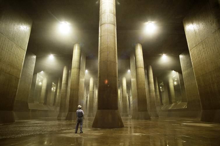 Tanki Air Raksasa Bawah Tanah